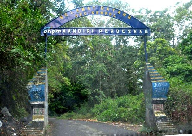 gerbang sempol