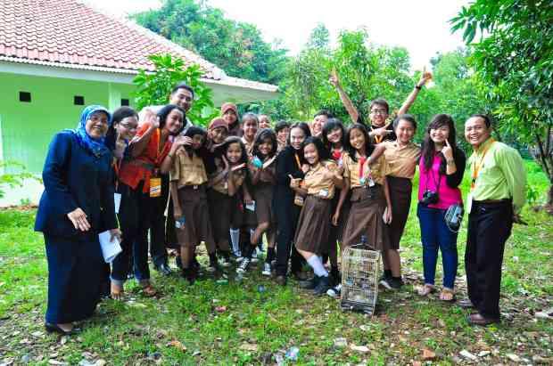 bersama murid-murid (foto : atm)
