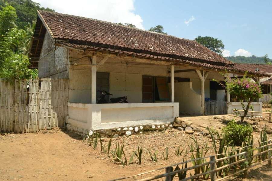 rumah di Sarongan