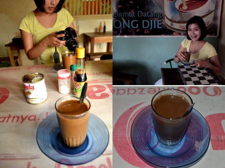 kopi dan papan catur yang menemani pagi