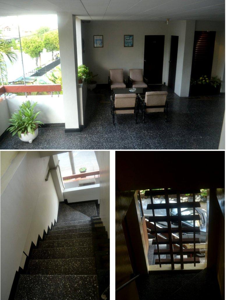 ruang bersama dan tangga ubin hitam
