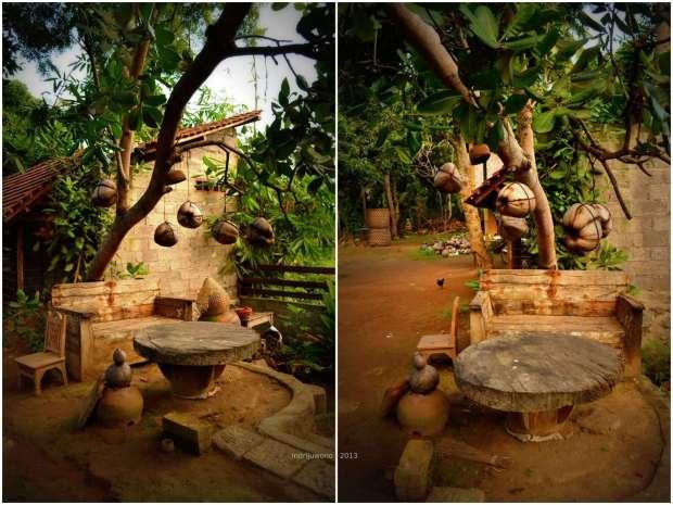 ruang duduk yang dilengkapi batok kelapa