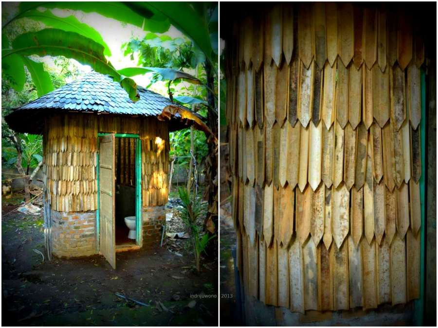 kamar mandi berdinding bambu