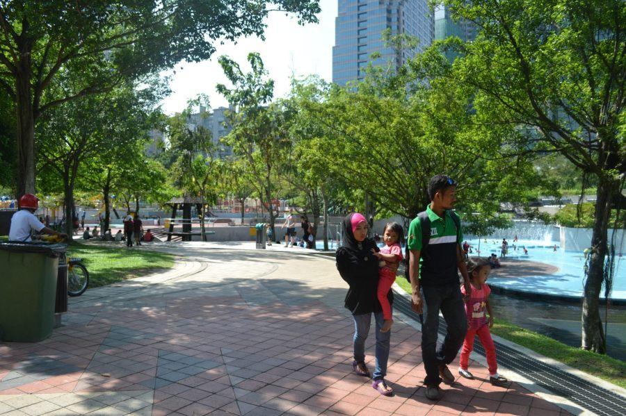 jogging track seru untuk keluarga
