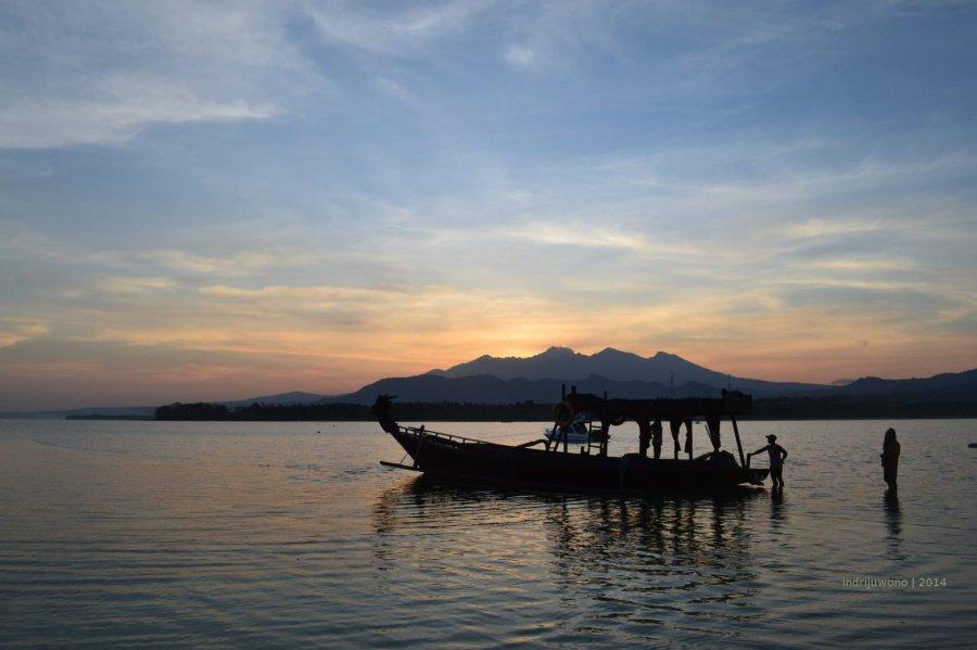 perahu naga dan rinjani