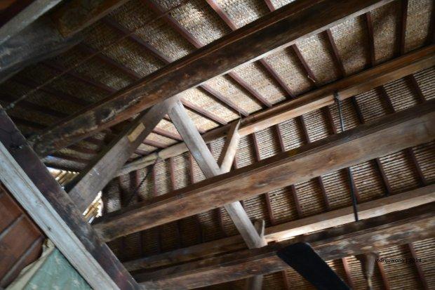 kuda-kuda kayu asli direkonstruksi