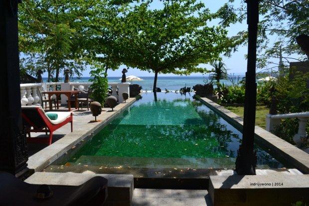 kolam renang privat