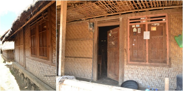kusen pintu dan jendela tetap dengan kayu, dinding anyaman bambu menggunakan pengaku kayu