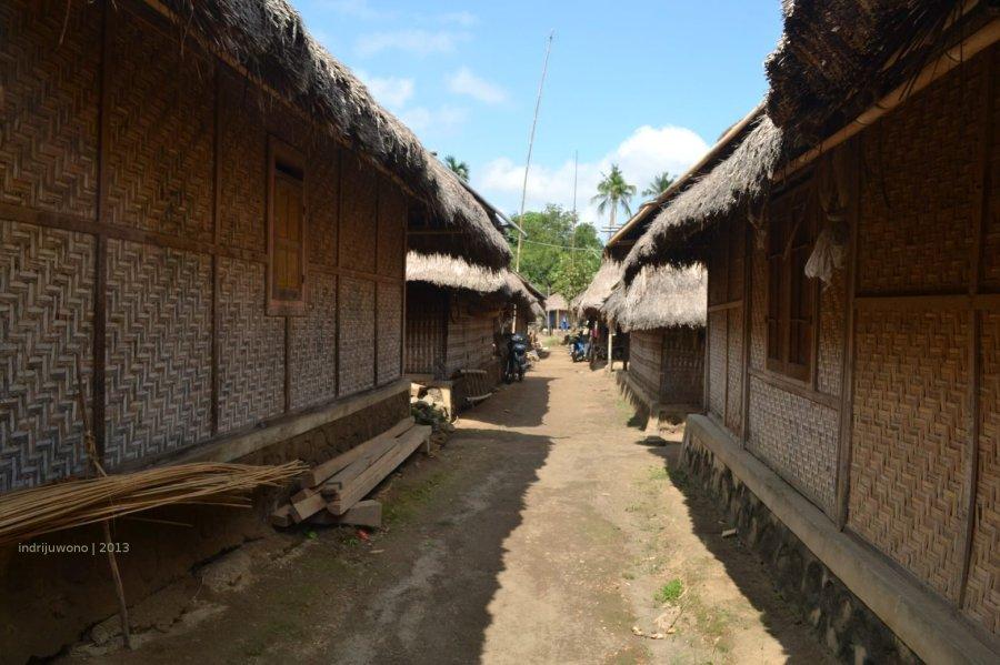 lorong-lorong antar bangunan