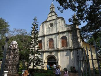 130203-Travel-Day-915-3-St.-Francis-Church-in-Kochi-Kerala-India