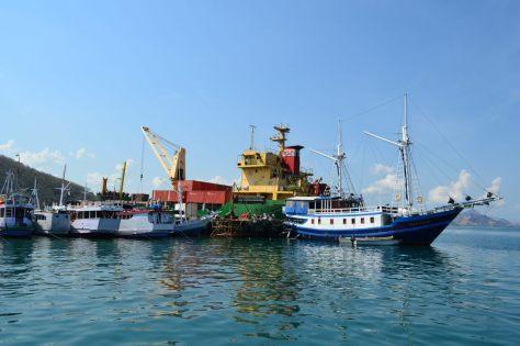 1-labuan bajo-harbour