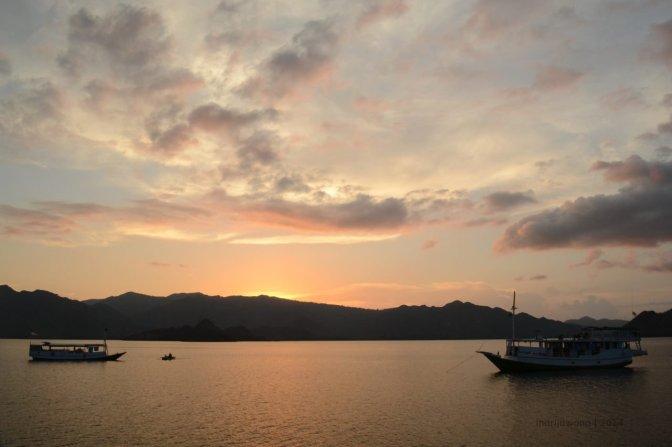 flores flow #13 : tentang laut, kapal, dan hati