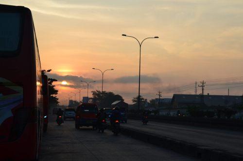depan terminal terboyo di pagi hari