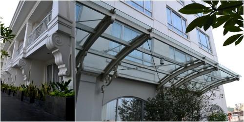 kanopi dari gedung utama, kaca namun punya rangka organik
