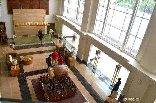 grand-zuri-bsd-9-lobby