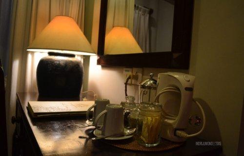 perlengkapan minum teh