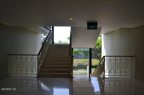 lift lobby dan tangga