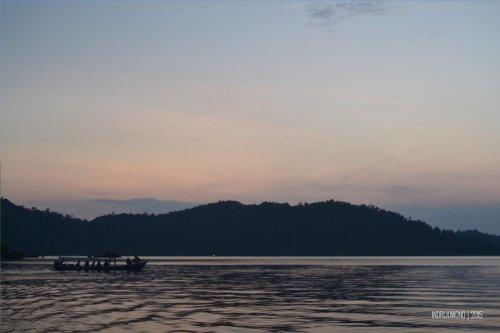 15-mandeh-sumatera-barat-laut-sunset