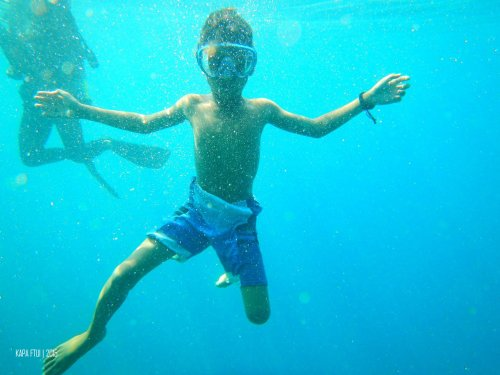 38-mandeh-sumatera-barat-dive-under-water