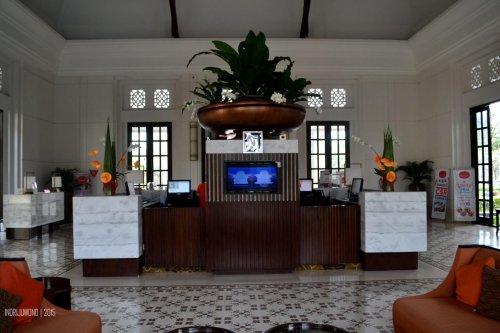 belakang lobby