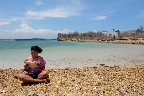 14-south-lombok-gili-sunud-book-eleanor-and-park-read