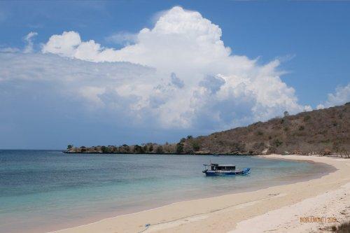 21-south-lombok-pink-beach