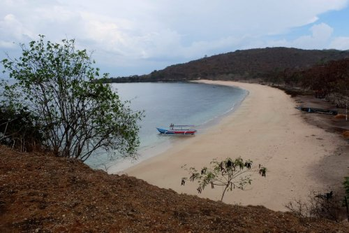 23-south-lombok-pink-beach