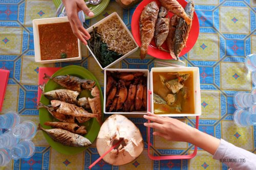 25-south-lombok-pink-beach-food