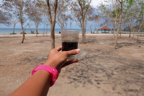 26-south-lombok-pink-beach-coffee
