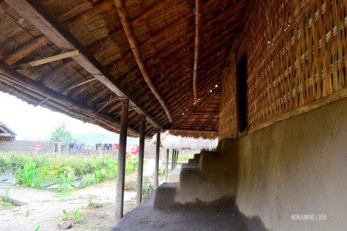 10-sembalun-lawang-desa-adat-beleq-blek-teras-rumah