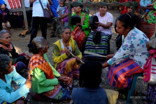 17-kupang-soe-fatumnasi-desa-tarian-adat