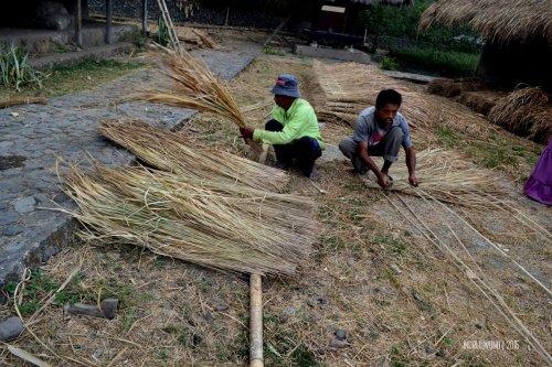 19-lombok-sembalun-lawang-desa-adat-beleq-blek-atap-ilalang-rumah-susun