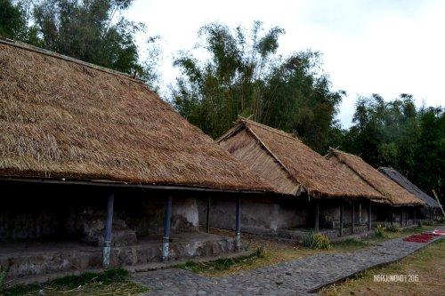 22-lombok-sembalun-lawang-desa-adat-beleq-blek-deret