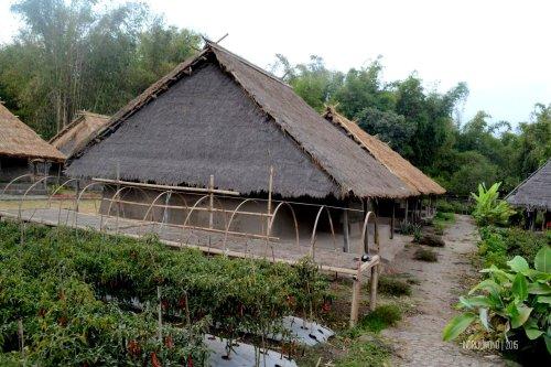 23-lombok-sembalun-lawang-desa-adat-beleq-blek-deret