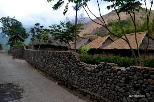 27-lombok-sembalun-lawang-desa-adat-beleq-blek-pagar