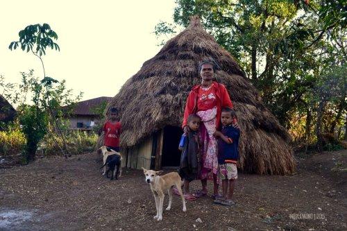 32-kupang-soe-fatumnasi-desa-adat-lopo