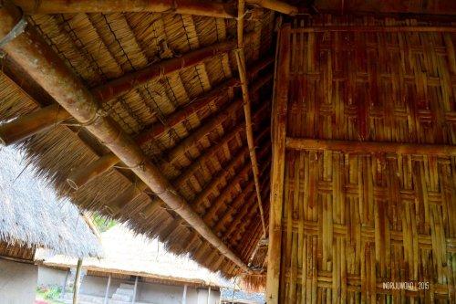 8-sembalun-lawang-desa-adat-beleq-blek-atap-rumah