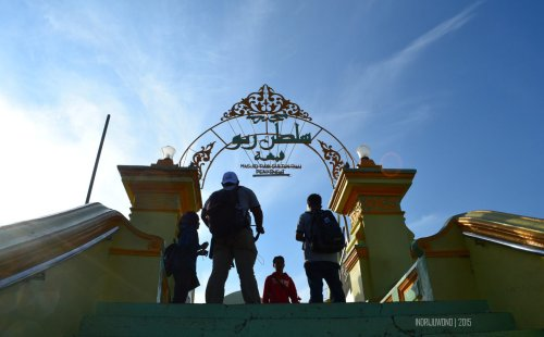 4-pulau-penyengat-kepri-masjid-raya