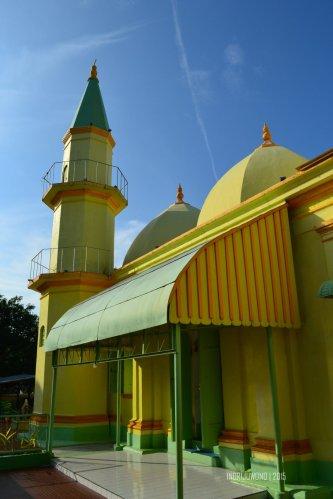 8-pulau-penyengat-kepri-masjid-raya