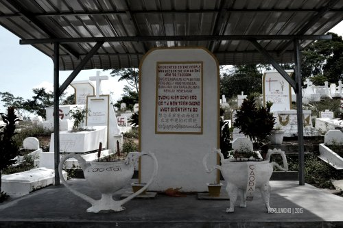 monumen pemakaman