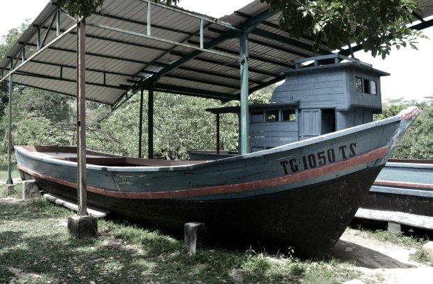 cover-pulau-galang-camp-vietnam-batam-kapal