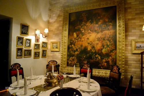 15-tugu-kunstkring-paleis-review-interior-rijsttafel