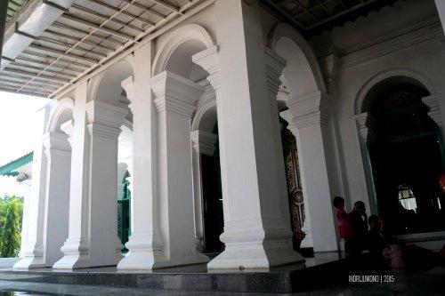 15-jembatan-ampera-pintu-masjid-agung-palembang