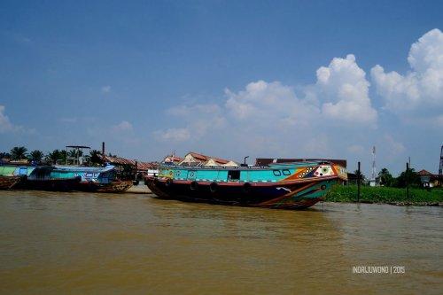 5-a-musi-palembang-kapal-kayu-sewaan