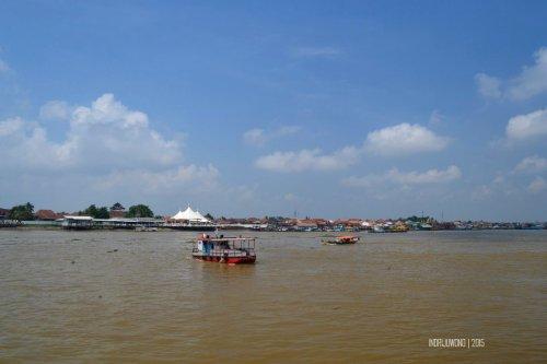 5-jembatan-ampera-sungai-musi-palembang