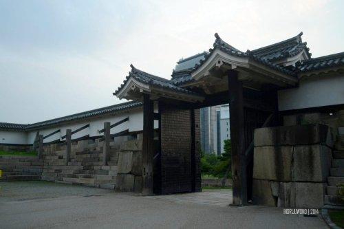 14-osaka-castle-ota-gate-inner-courtyard