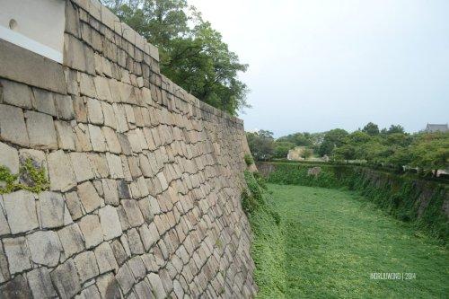 9-osaka-castle-moat-canal-uchibori
