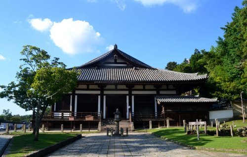 61-nara-japan-todaiji-temple-sangatsudo-hall