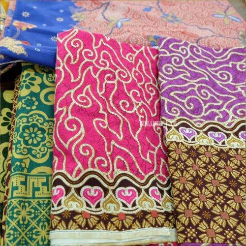 9-batik-trusmi-mega-mendung-cirebon