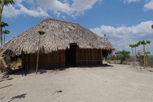 rumah-adat-timor-soe-1